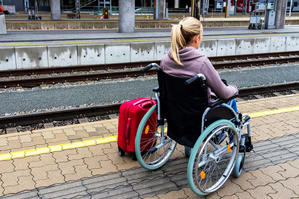 barrierefrei reisen rollstuhl deutsche bahn
